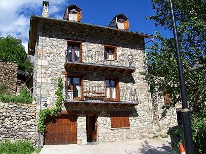 Casa torellola ii turismo rural en el valle de bo - Casas rurales en el pirineo catalan ...